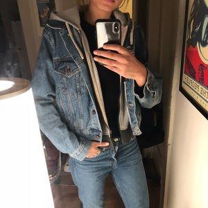 BDG Fleece-Lined Denim Jacket
